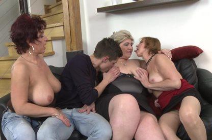 Секс с наглой русской девушкой