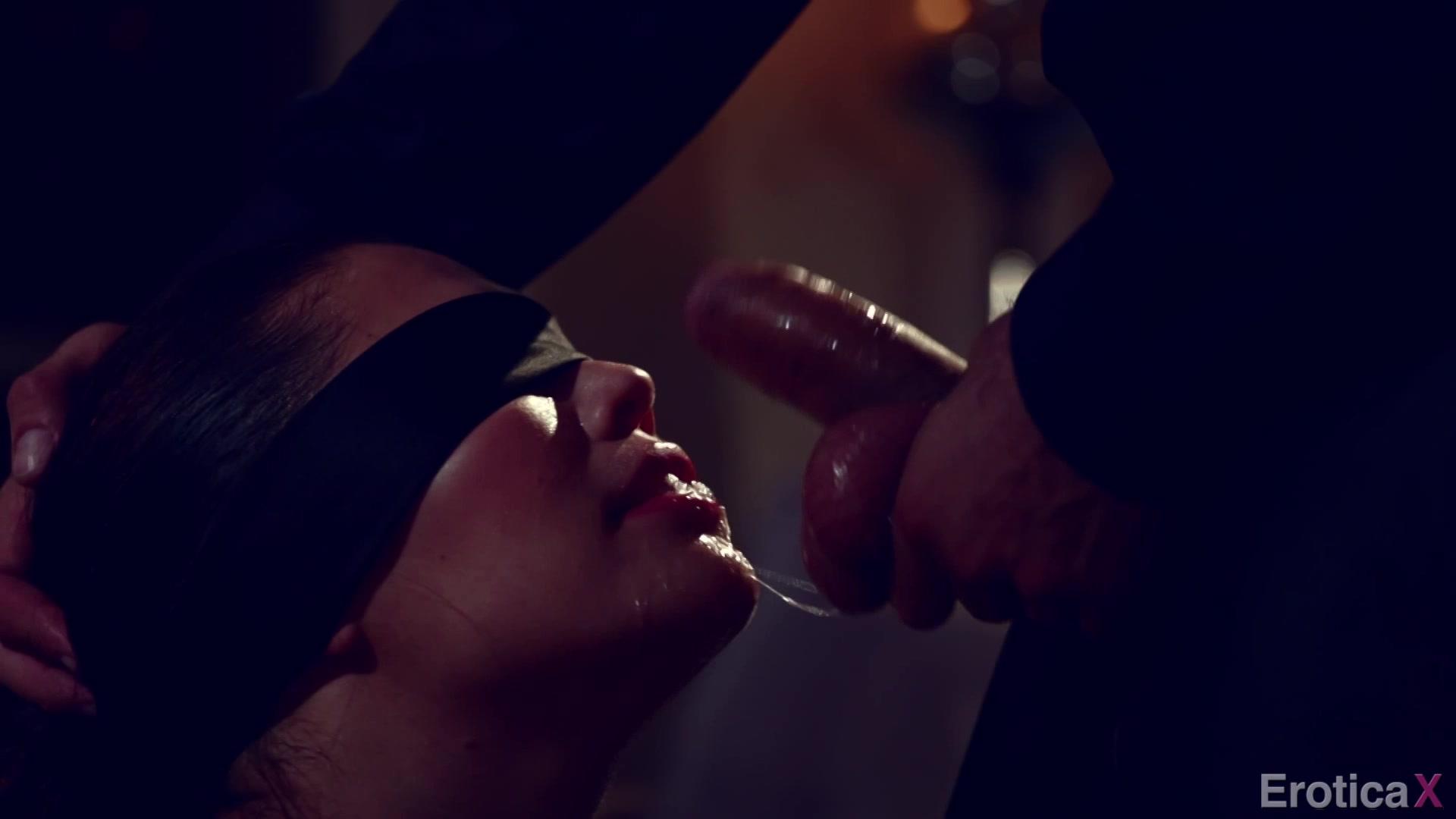 romanticheskiy-uzhin-seks