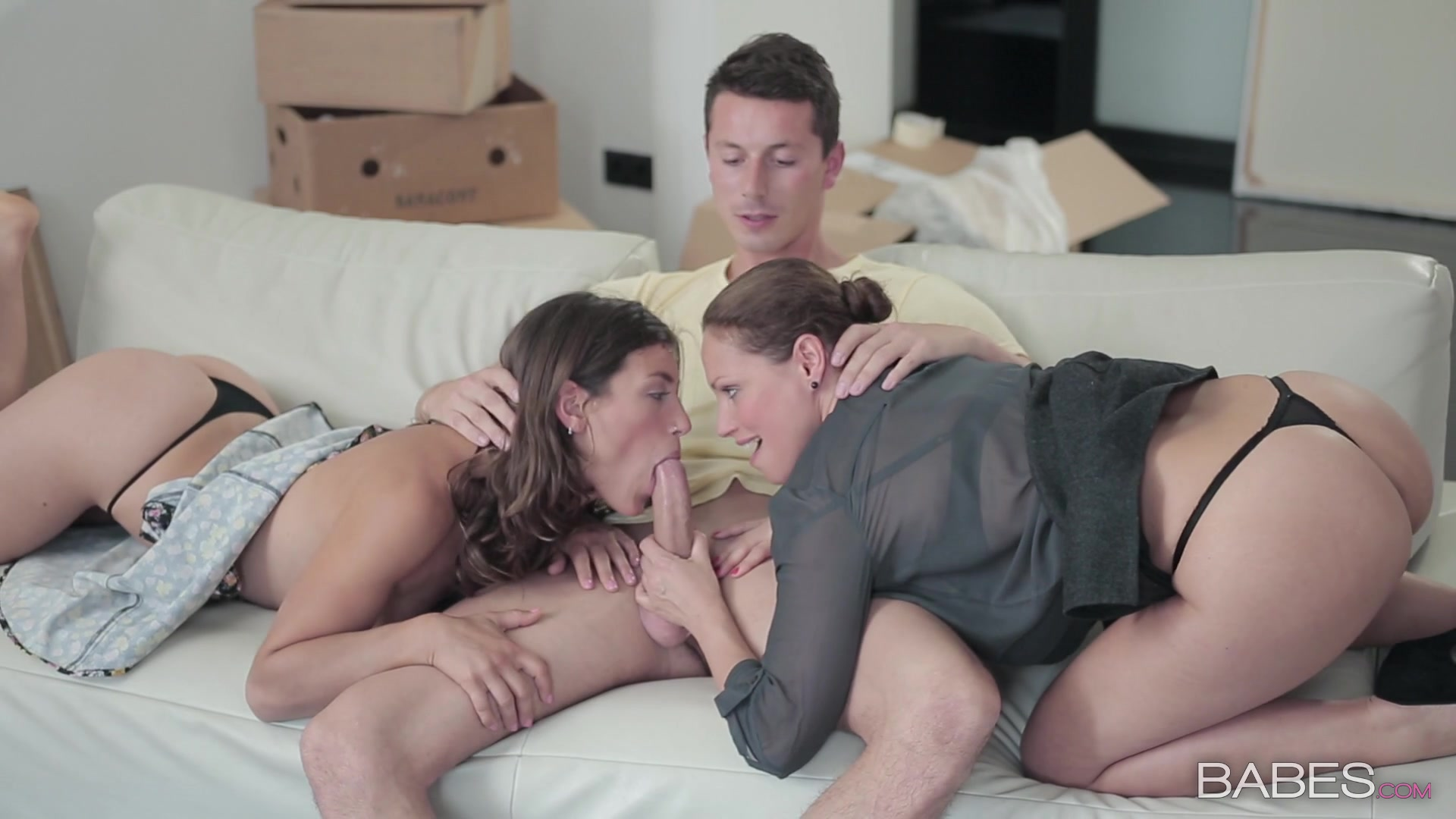 Секс русской тётки взяла парня силой 7 фотография