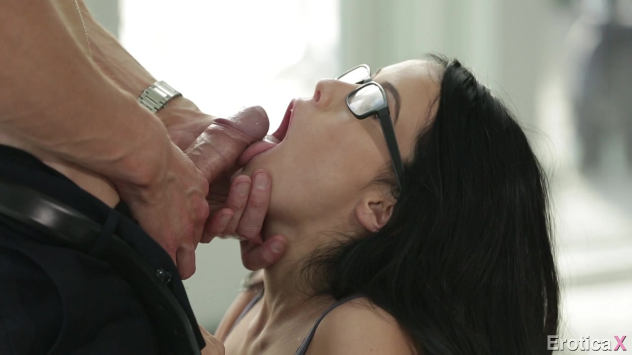 nezhniy-anal-video-onlayn