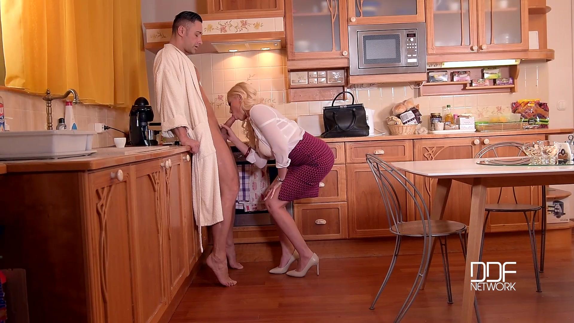 Секс с мужем и любовником 15 фотография
