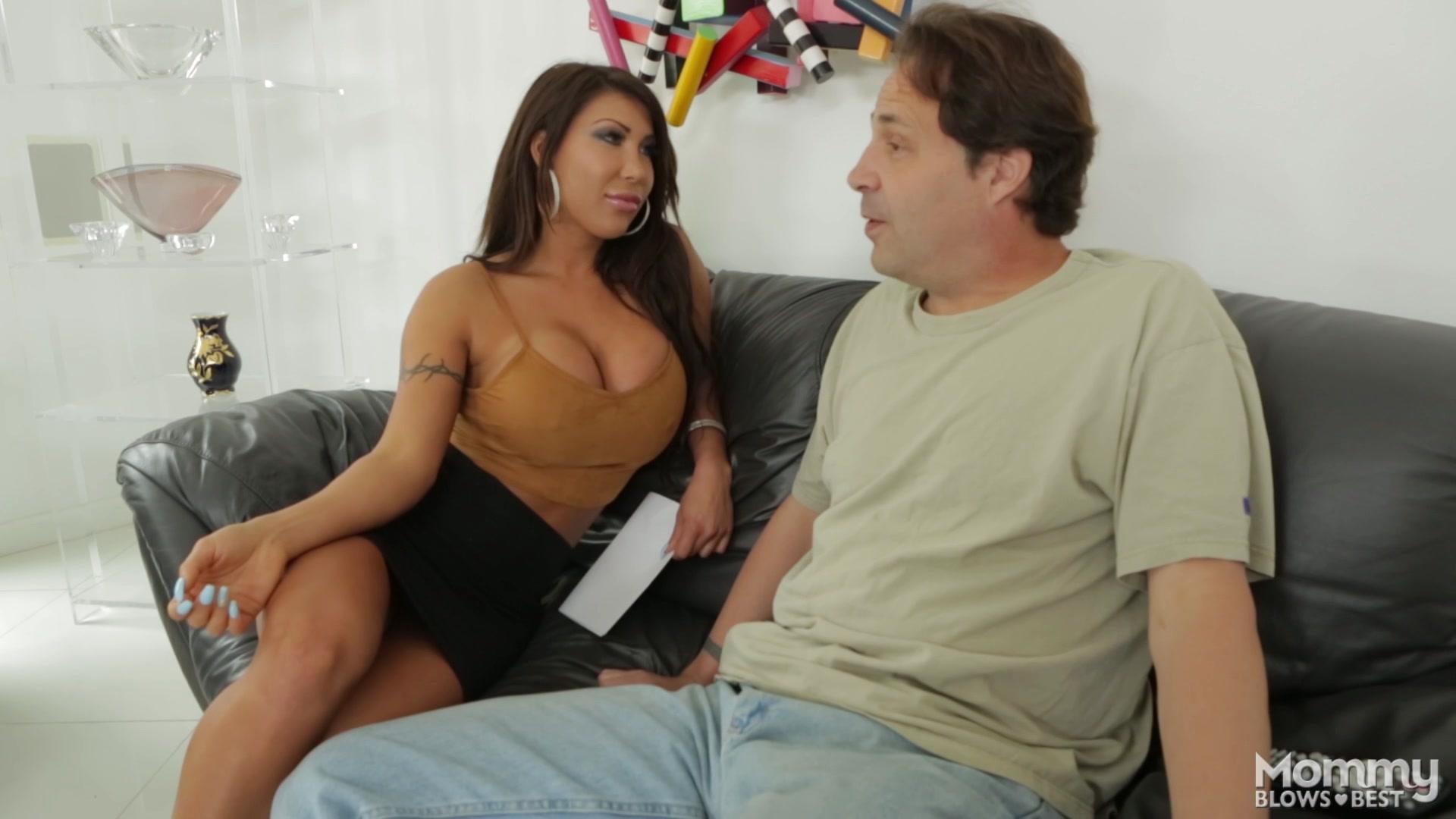 Порно нейлон трансы онлайн