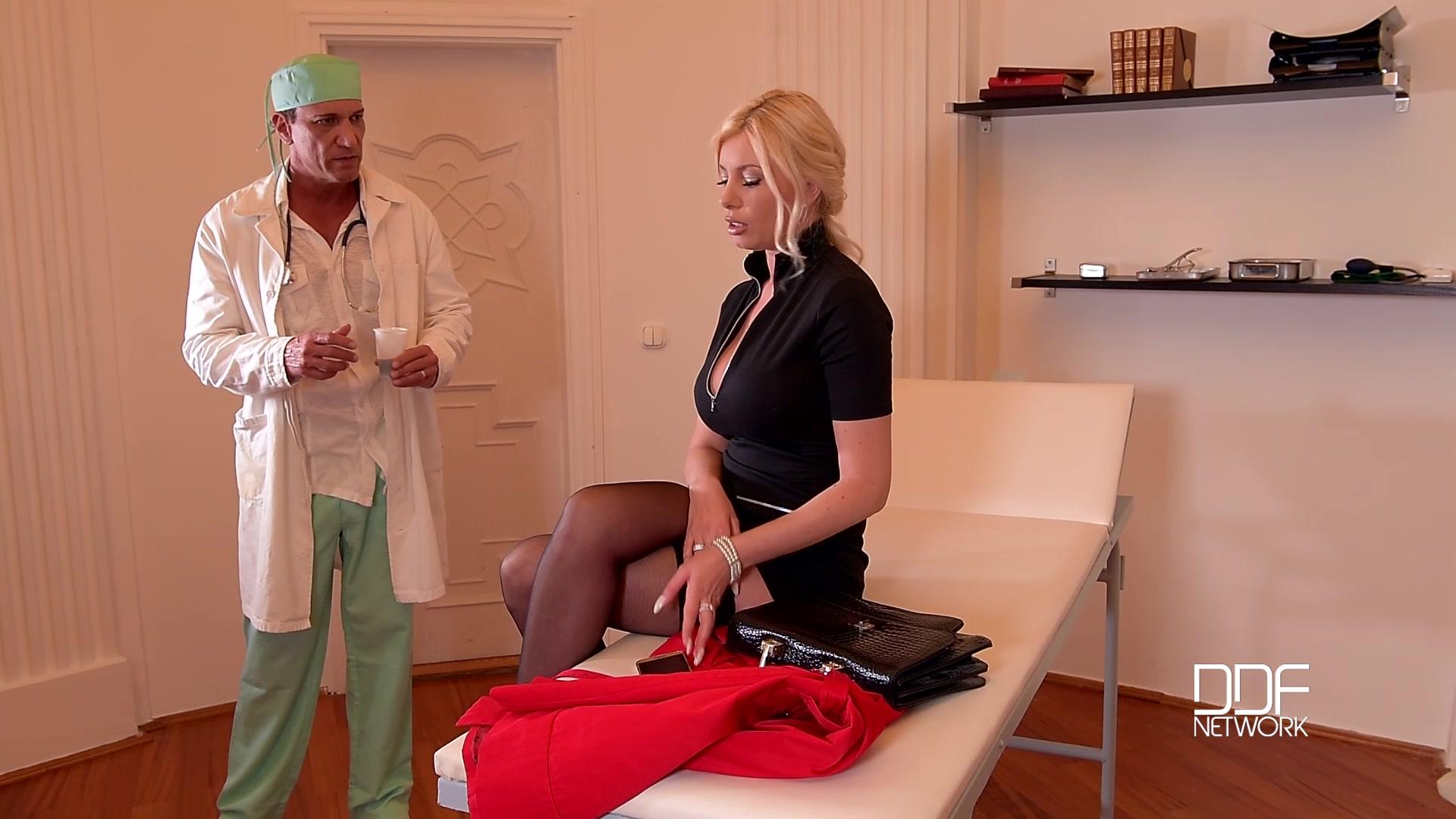 blondinka-prishla-k-doktoru-porno